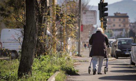 Nelle nostre città muore prima chi ha studiato meno