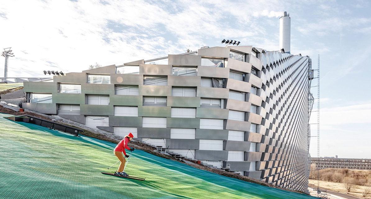 Copenhagen: quando una montagna di Rifiuti diventa una pista da sci in Città